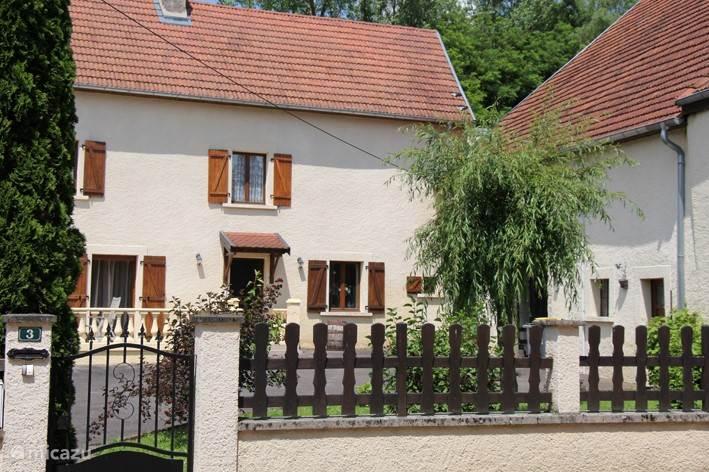De voorkant van het huis