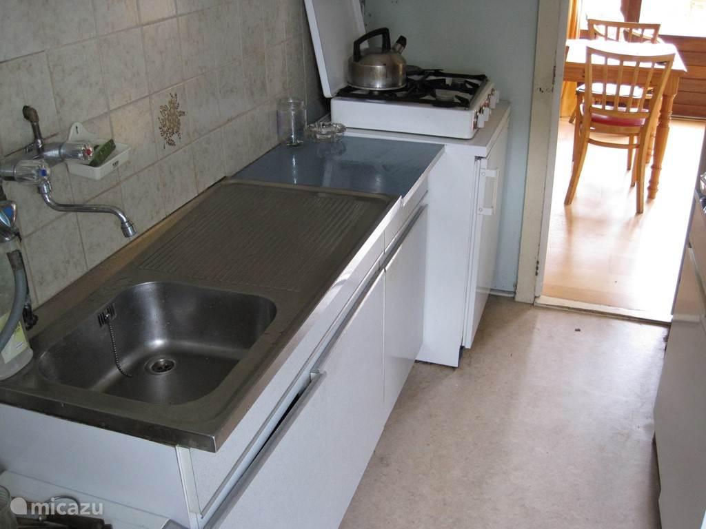 de eenvoudige keuken