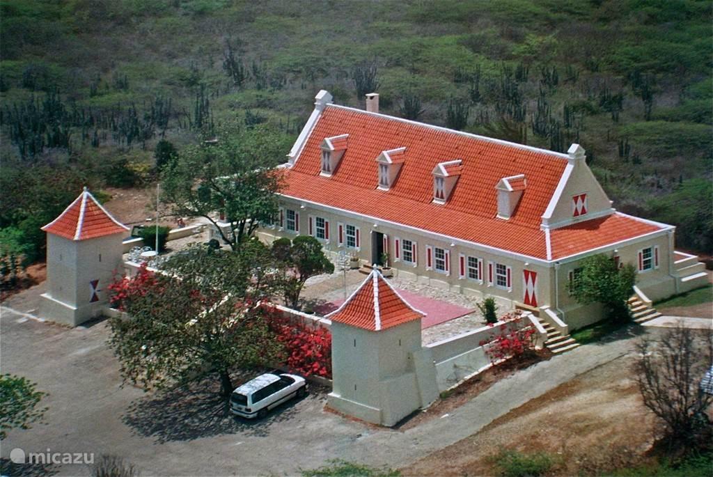 Landhuis Ascension ieder eerste zondag v/d maand geopend. met muziek, lokaal eten en kunst.