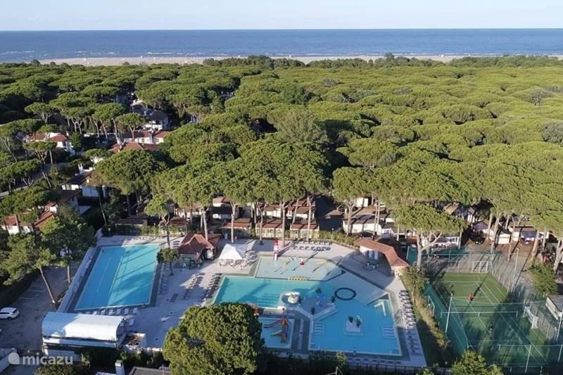 Vakantiehuis Italië, Emilia-Romagna, Lido di Spina Stacaravan Mare e Pineta Venetië, Chalet