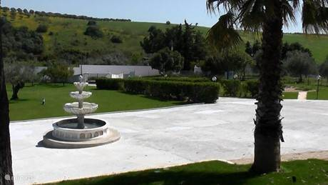 Grote fontein vooraan de Quinta