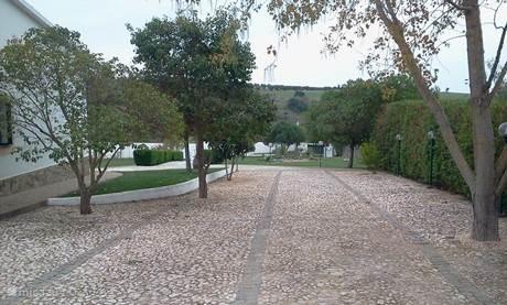 Zijkant oprit aan Quinta