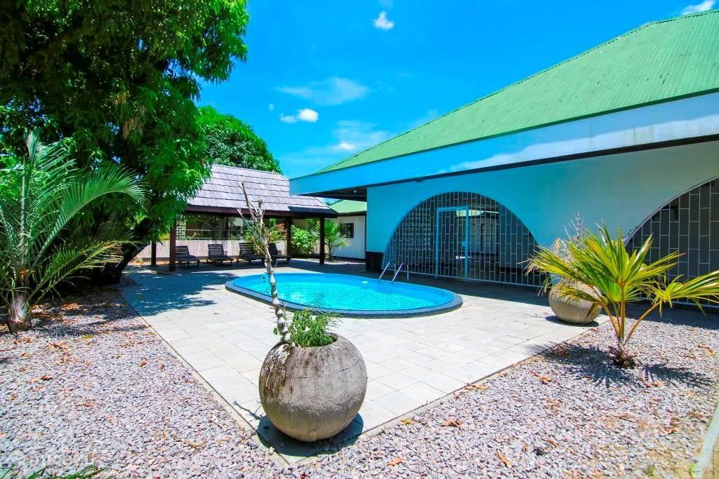 Vakantiehuis Suriname – vakantiehuis Villa Uitvlugt