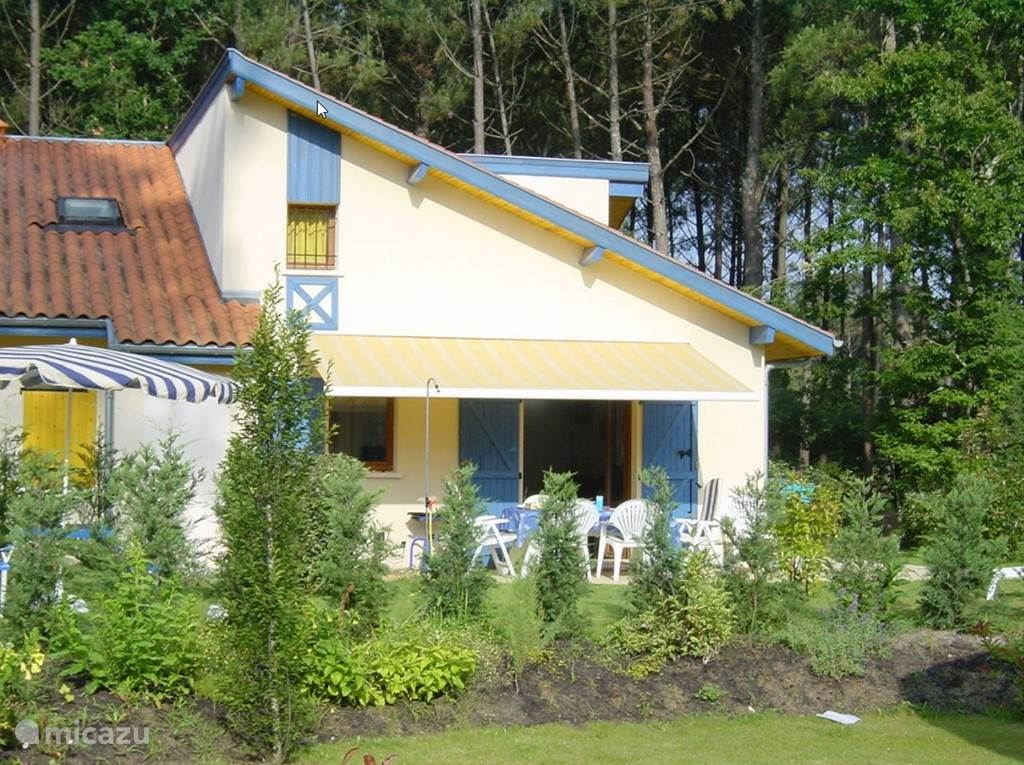 Vacation rental France, Aquitaine, Saint-Julien-en-Born bungalow Holiday park Village Océlandes