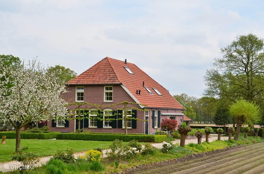 Vakantiehuis Nederland, Gelderland, Winterswijk boerderij De Driemark