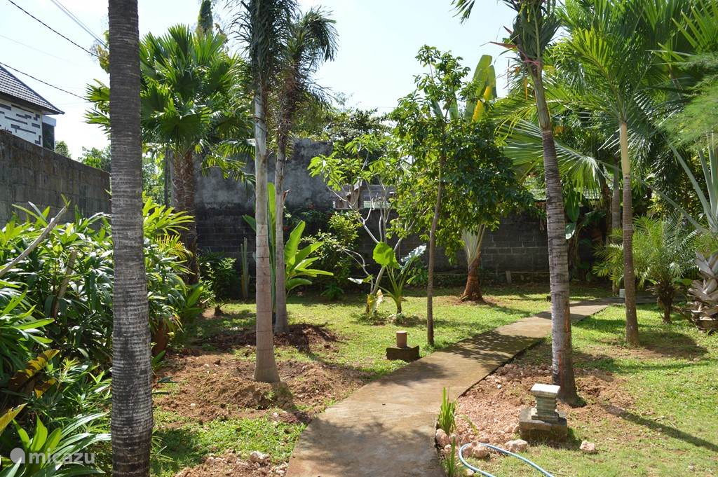 tuin voorkant