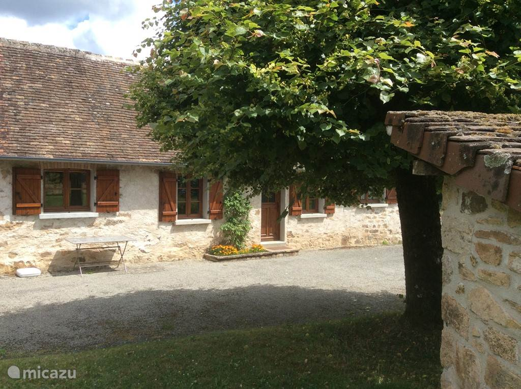 Ferienwohnung Frankreich, Limousin, Château-Chervix Ferienhaus Donjon