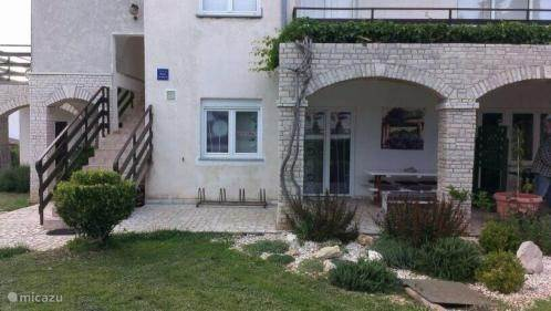 Vacation rental Croatia, Istria, Vinkuran - apartment Apartment Maison