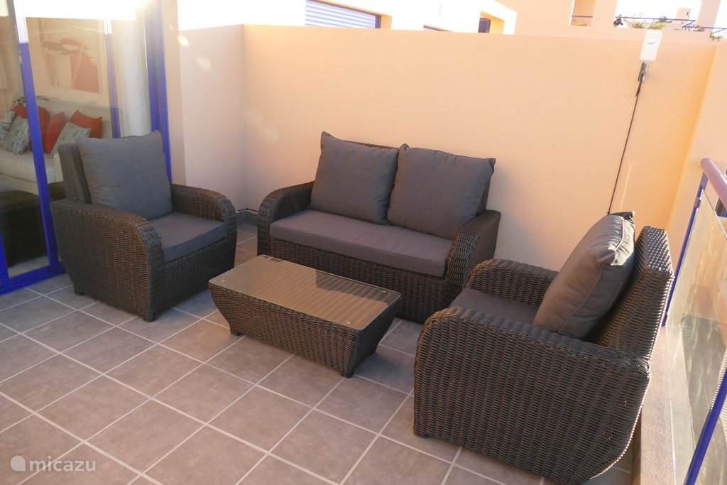 loungeset op het terras