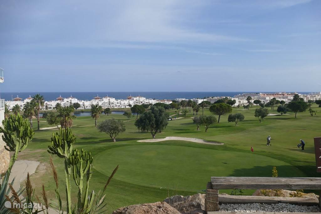 golfbaan op 50 meter afstand
