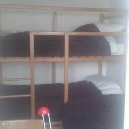 stapelbed in 2e slaapkamer