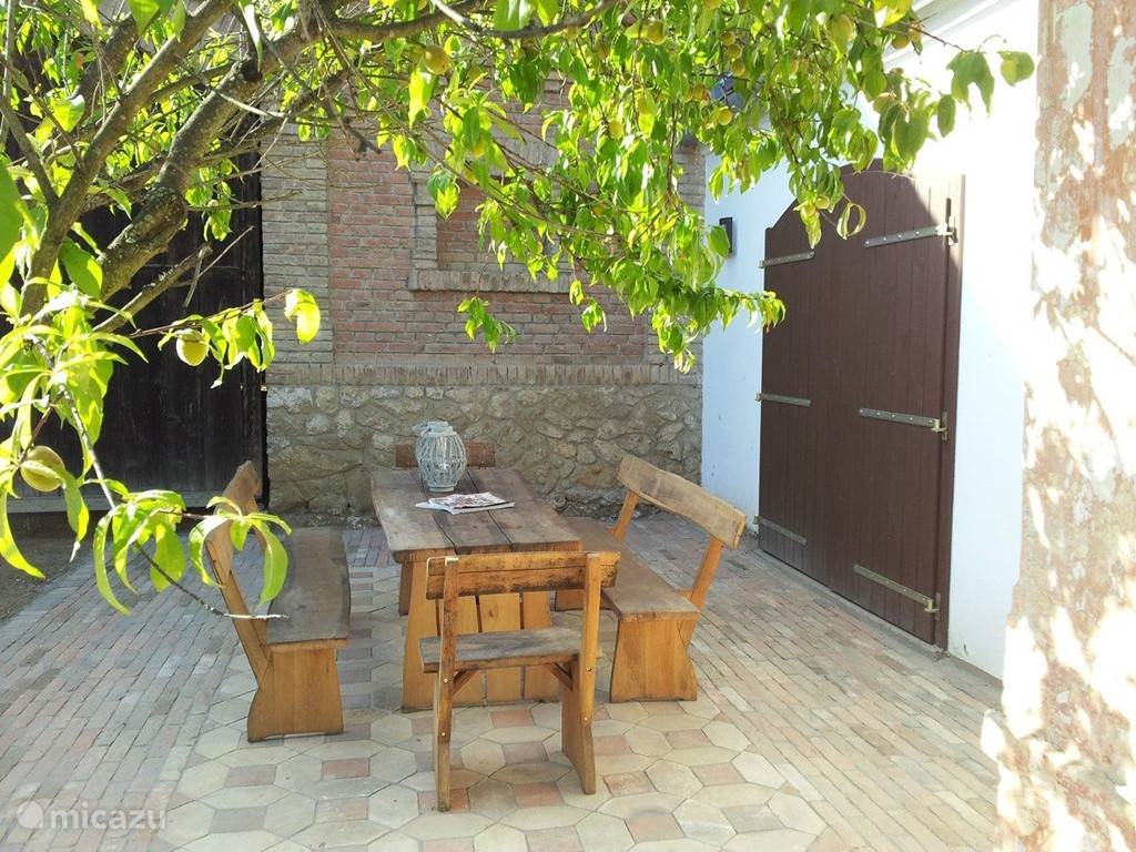 Vacation rental Hungary, Baranya, Magyarhertelend farmhouse The farm Appelhof