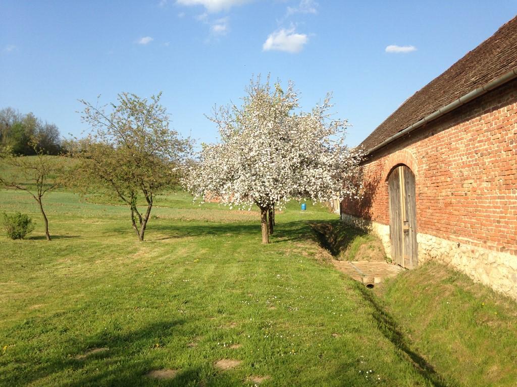 Nog beschikbaar vanaf 19 augustus grote sfeervolle boerderij geschikt voor 2 of 3 gezinnen.