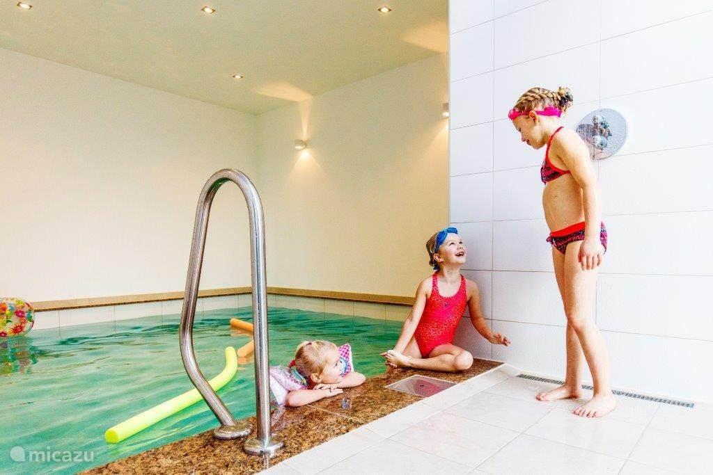 Indoor zwembad