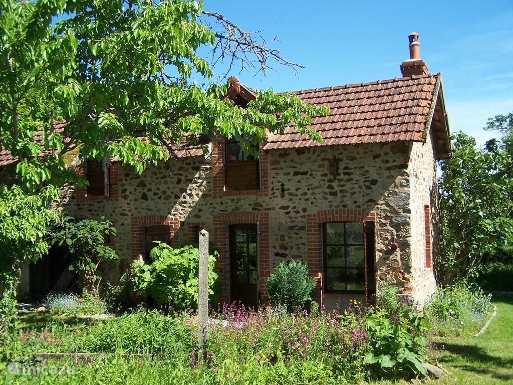Vacation rental France, Burgundy, Lanty  gîte / cottage Legitelanty
