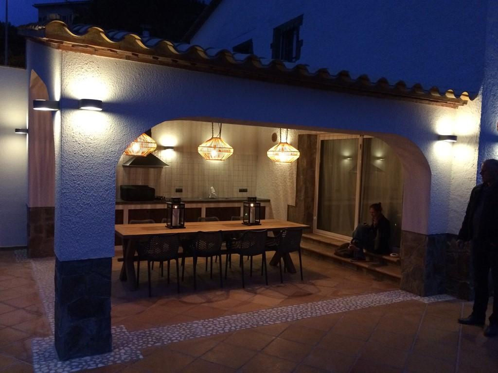 Werkelijk prachtige en zeer luxe villa met alle voorzieningen! Door annulering nog één week beschikbaar vanaf 25 augustus met 20% korting!!