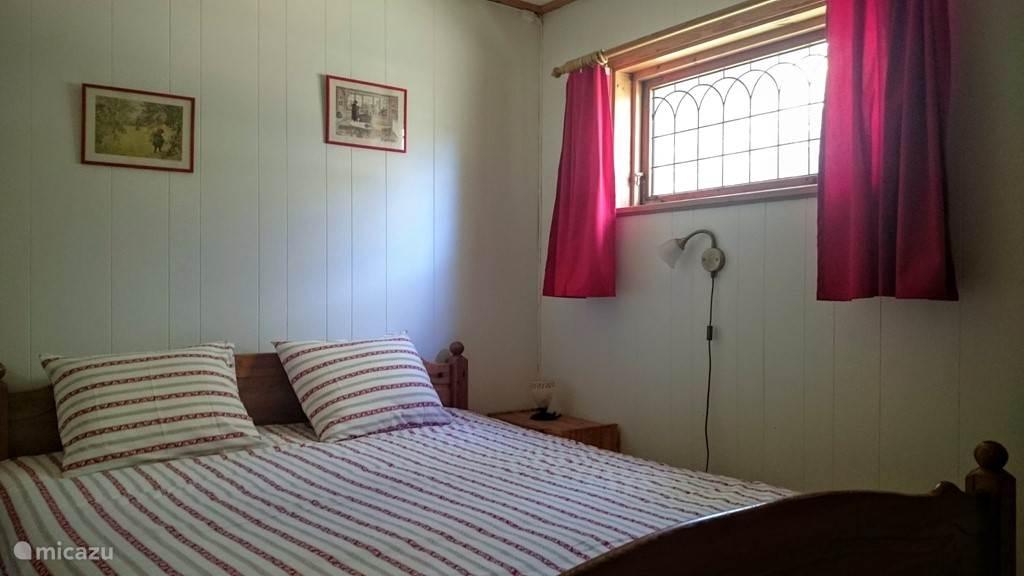 Slaapkamer ingericht voor 2 personen