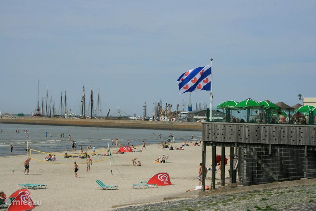 strand Harlingen op 300 mtr.