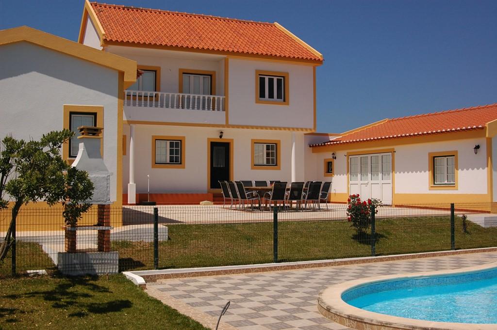 Prachtige vakantiewoning met privé zwembad aan de Portugese kust. Nu tot 25% korting t/m juni 2017. Kijk snel naar de beschikbaarheid. Vol=Vol