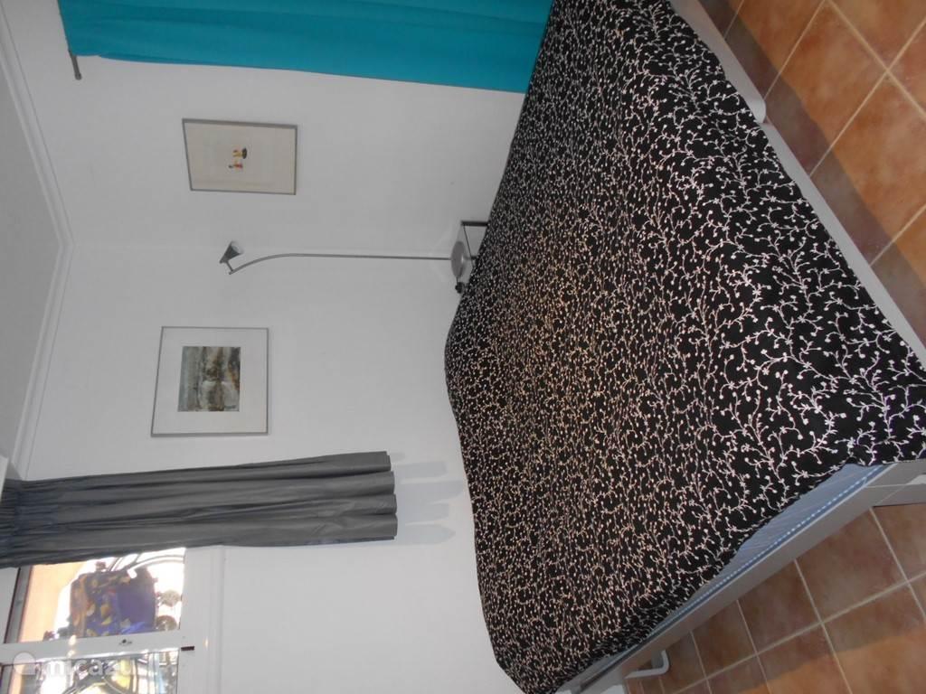 slaakkamer met twee enkele Auping bedden breed 90 cm x 200 cm