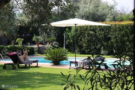 Vakantiehuis Italië, Sicilië – appartement Casa Oliva Nera- Lemon Suite