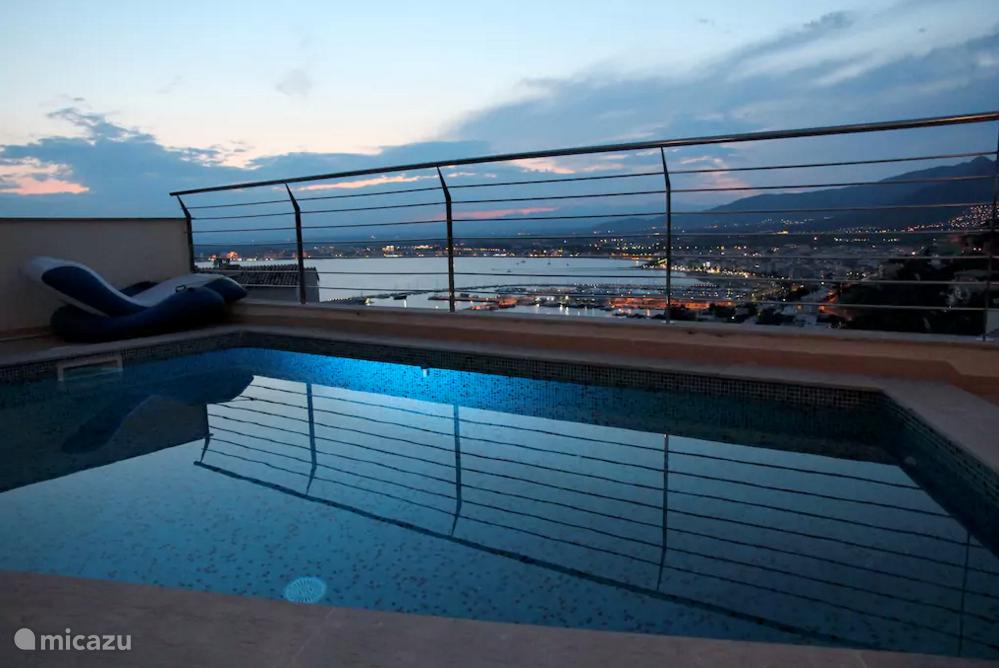 Vakantiehuis Spanje, Costa Brava, Roses - villa Luxe villa met spectaculair uitzicht