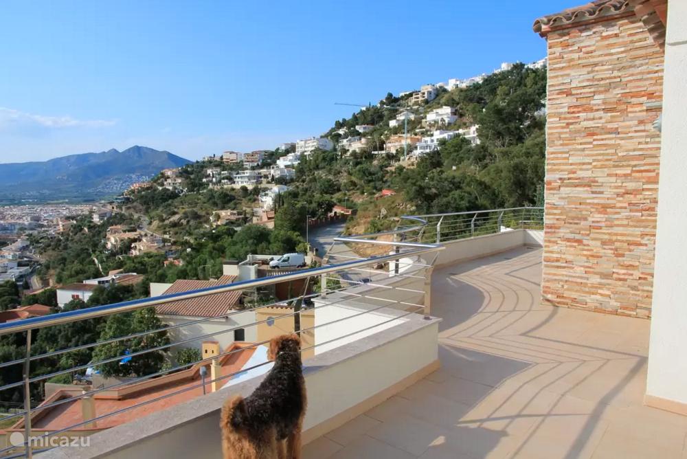 Terrassen rondom met allemaal hetzelfde prachtige uitzicht