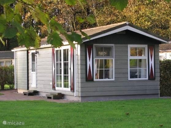 Vakantiehuis Nederland, Drenthe – chalet Comfortabel chalet op Drentse heide
