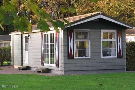 Vakantiehuis Nederland, Drenthe, Borger - chalet Comfortabel chalet op Drentse heide