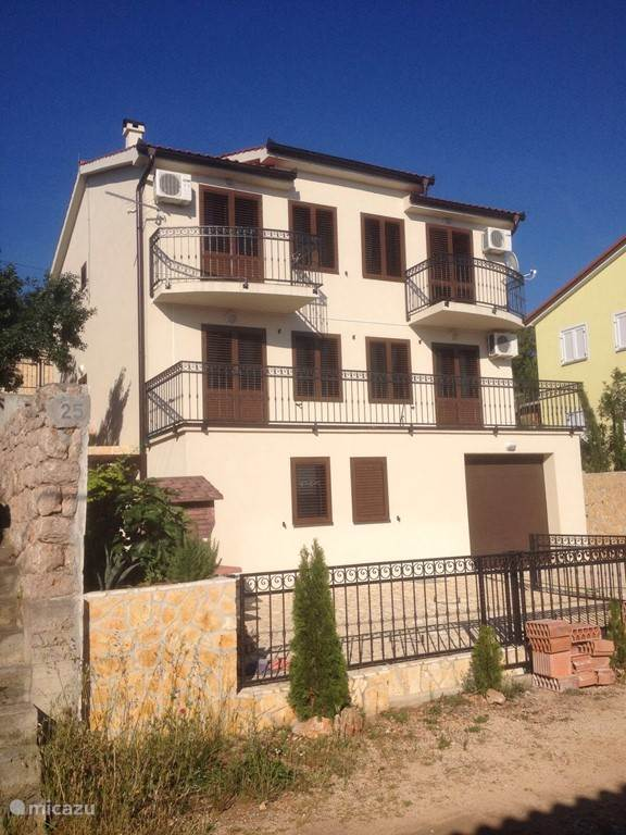 Vacation rental Croatia, Kvarner Gulf, Prizna Apartment Villa family app 1