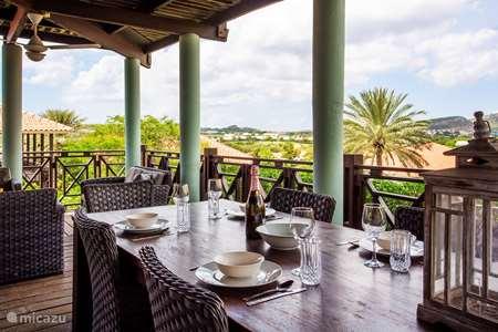 Vakantiehuis Curaçao, Curacao-Midden, Blue Bay vakantiehuis Blue Bay Beach Villa Blenchi Berde