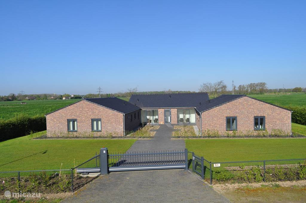Vakantiehuis Nederland, Limburg, Echt-Susteren Vakantiehuis Vakantiewoningen Den Dreesakker