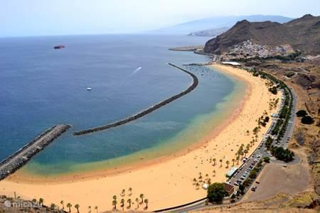Las Teresitas strand