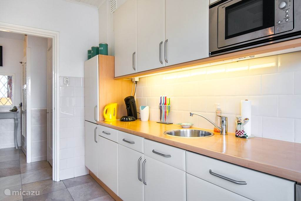 Vakantiehuis Nederland, Zuid-Holland, Kijkduin Bed & Breakfast Bed & Kitchen Kijkduin
