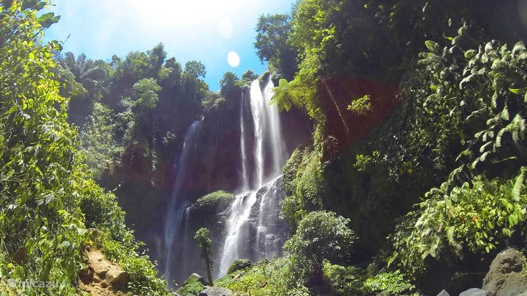 Aling Aling watervallen
