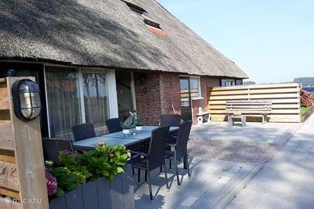 Vakantiehuis Nederland, Friesland, Holwerd appartement Logeerderij Groote Medwerd