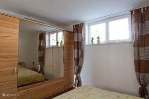 Slaapkamer 2pers bed 210 x 180 Grote kledingkast