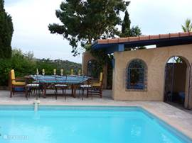 Le paradis bleu in la londe les maures provence huren for Open the door salon de provence
