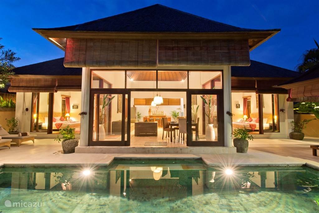 De Luxe SAHAJA villa met uitzicht op de Indische Oceaan en rijstvelden