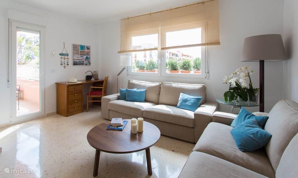 Een gezellige en comfortabele flat, drie minuten lopen van zee, midden tussen leuke restaurantjes, terrasjes en boutiekjes.