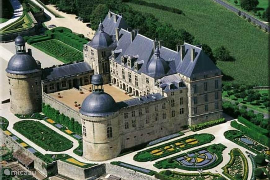 Het dichtbij gelegen kasteel Hautfort