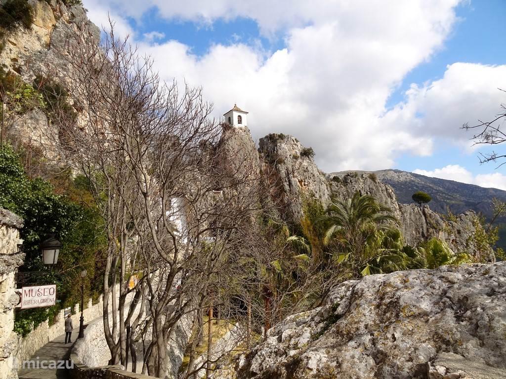 Een heerlijke wandeling in de bergen bij Guadalest