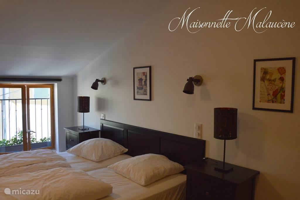 Slaapkamer met dubbel bed of 2 enkele bedden