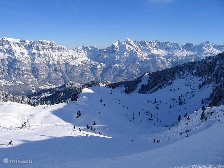 Vakantiehuis Zwitserland, Oost Zwitserland, Unterterzen Appartement Aanbieding voorseizoen wintersport !