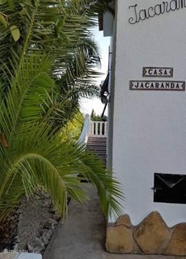 Rent villa villa casa jacaranda in benissa costa blanca spain micazu - Lay outs binnenkomst in het huis ...