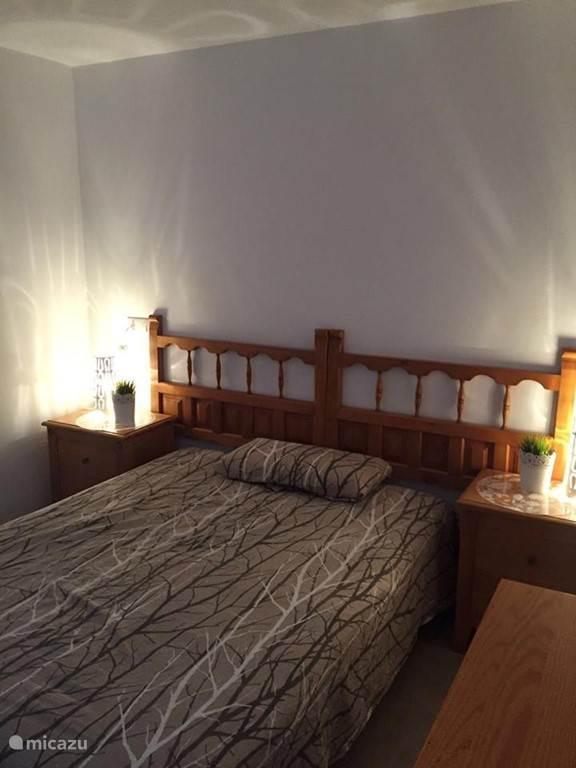 Slaapkamer 4 beneden Villa 2 pers bed