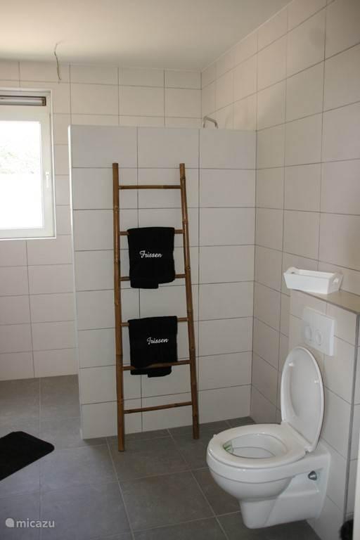 Gezamelijke badkamer