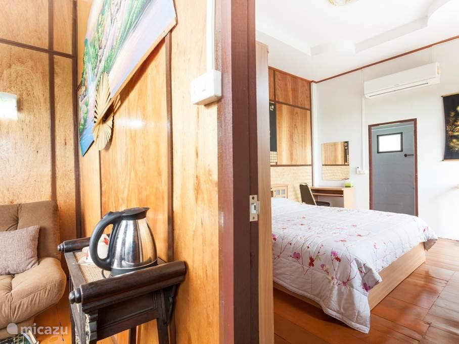 Apartement / Studio slaapkamer met king-size bed en zitruimte met sofa-bed