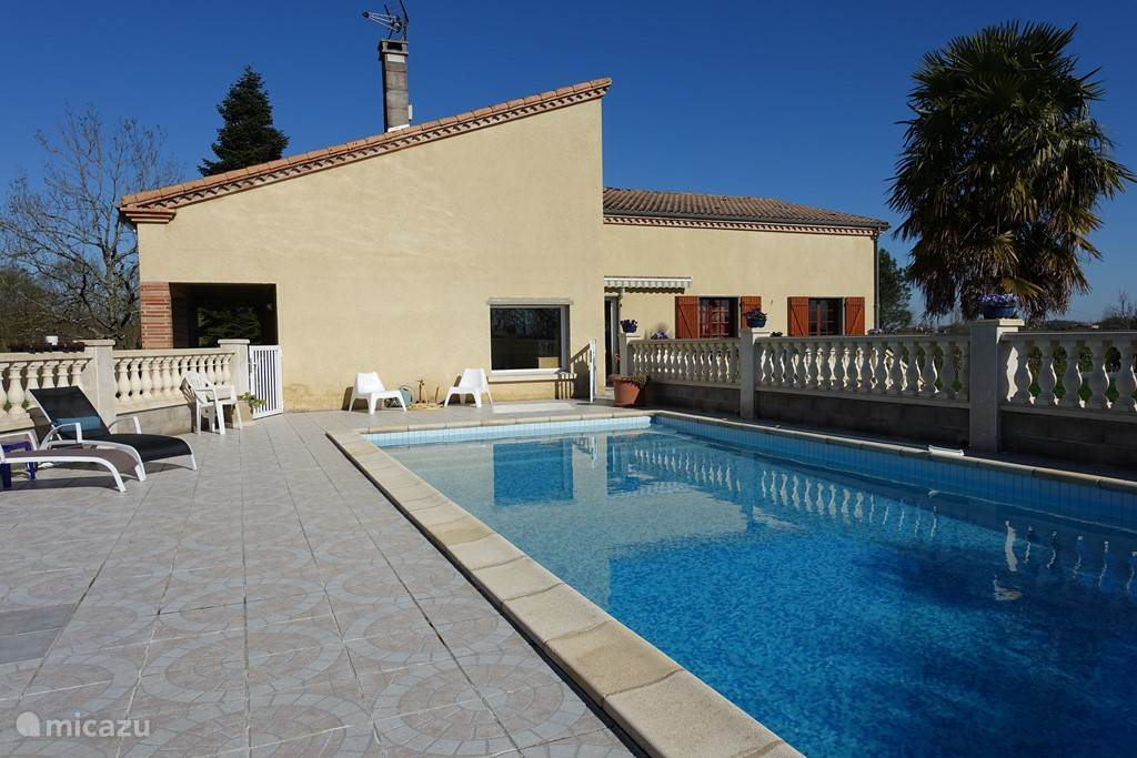 Vacation rental France, Tarn-et-Garonne, L'Honor-de-Cos - villa Villa de la Cote