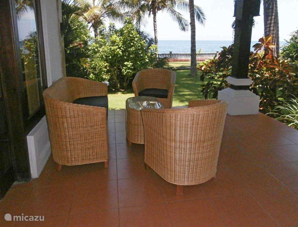 Uitzicht veranda 1 guesthouse